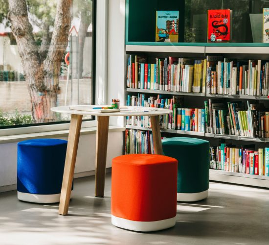 Academic Spaces informal seating pouf Enea